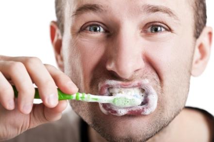 brushing-teeth-too-hard